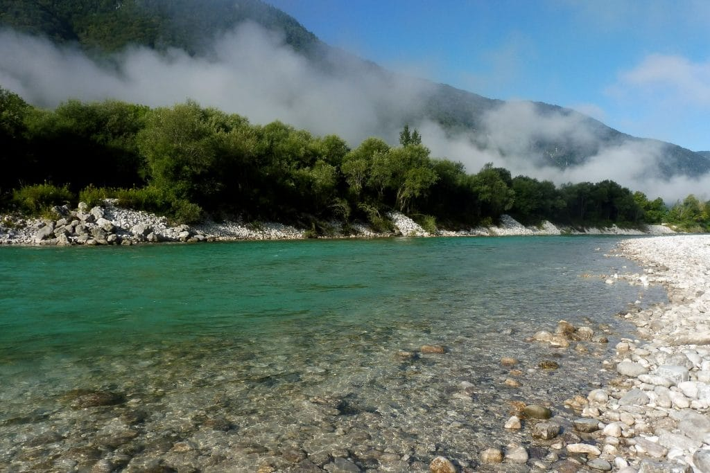 la rivière Soča au niveau de Volarje