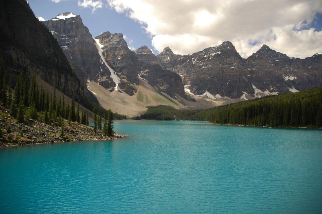 lac - les rochesseuses en Colombie-Britannique