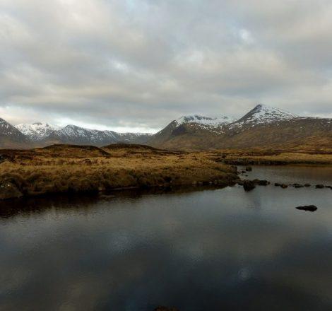 vue du Loch Nah Achlaise au petit matin