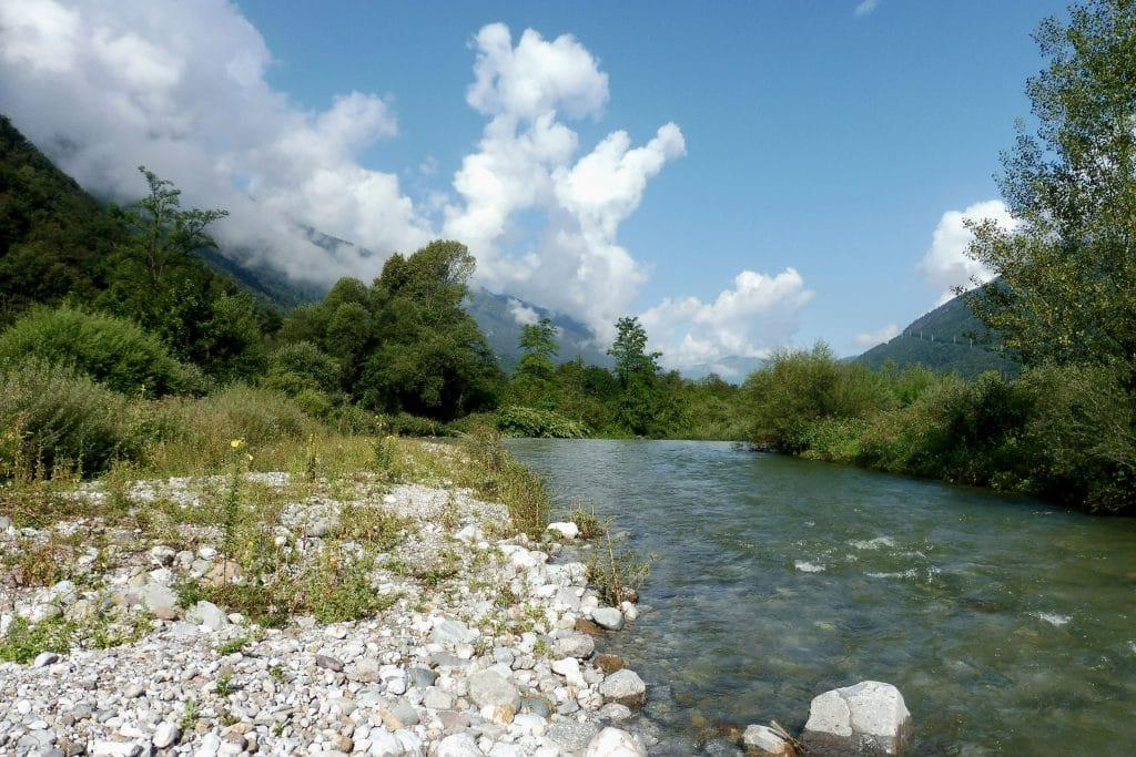 La rivière Pioverna, Lombardie
