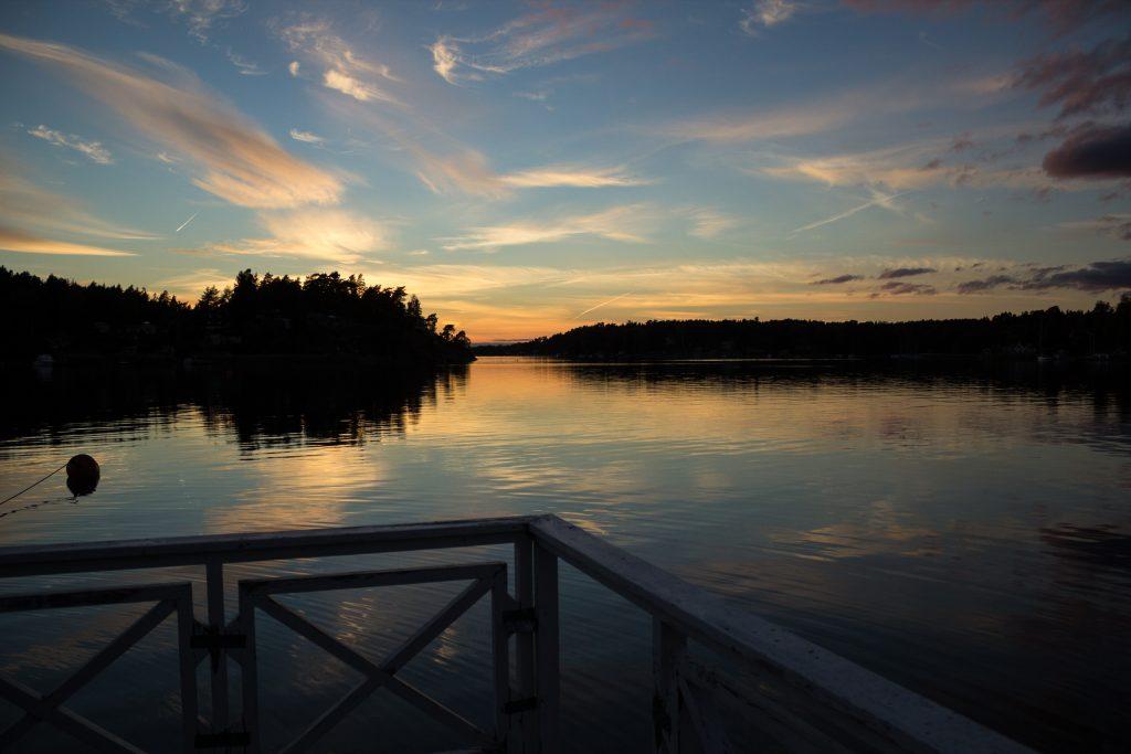 Archipel de Stockholm, 'île de Rindö au soleil couchant