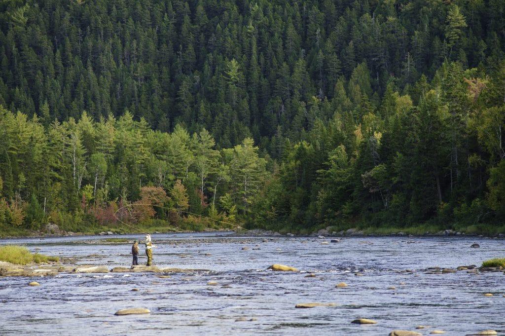 Pêcheurs sur la rivière Miramichi