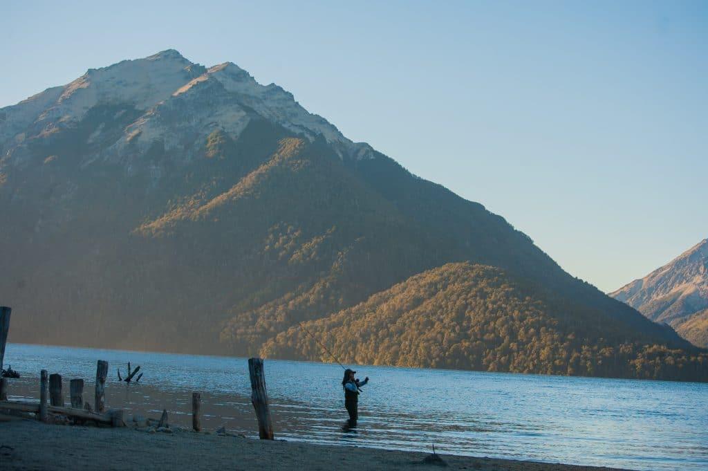 Pêche en Patagonie sur le lago Traful