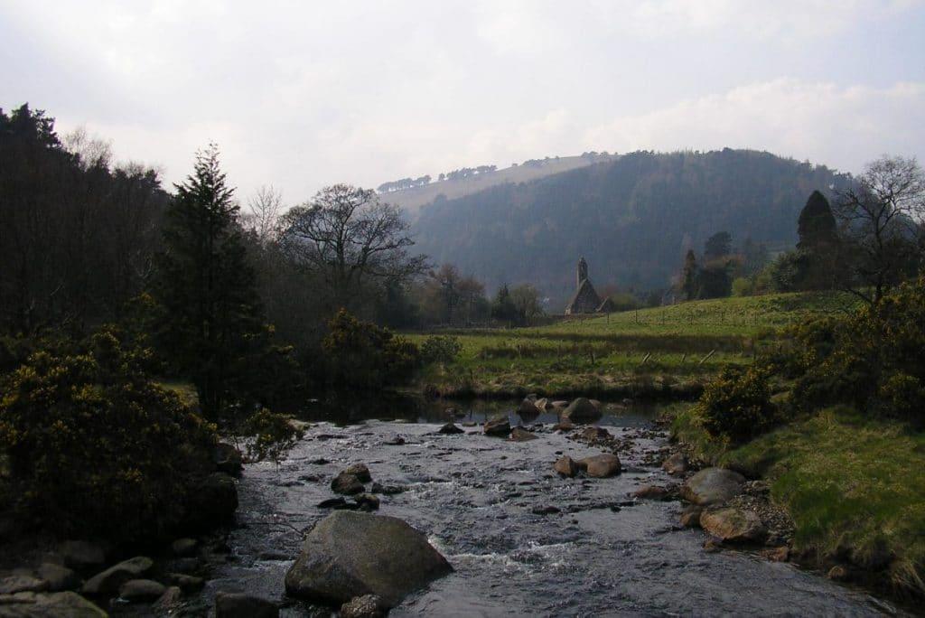 rivière et paysage irlandais