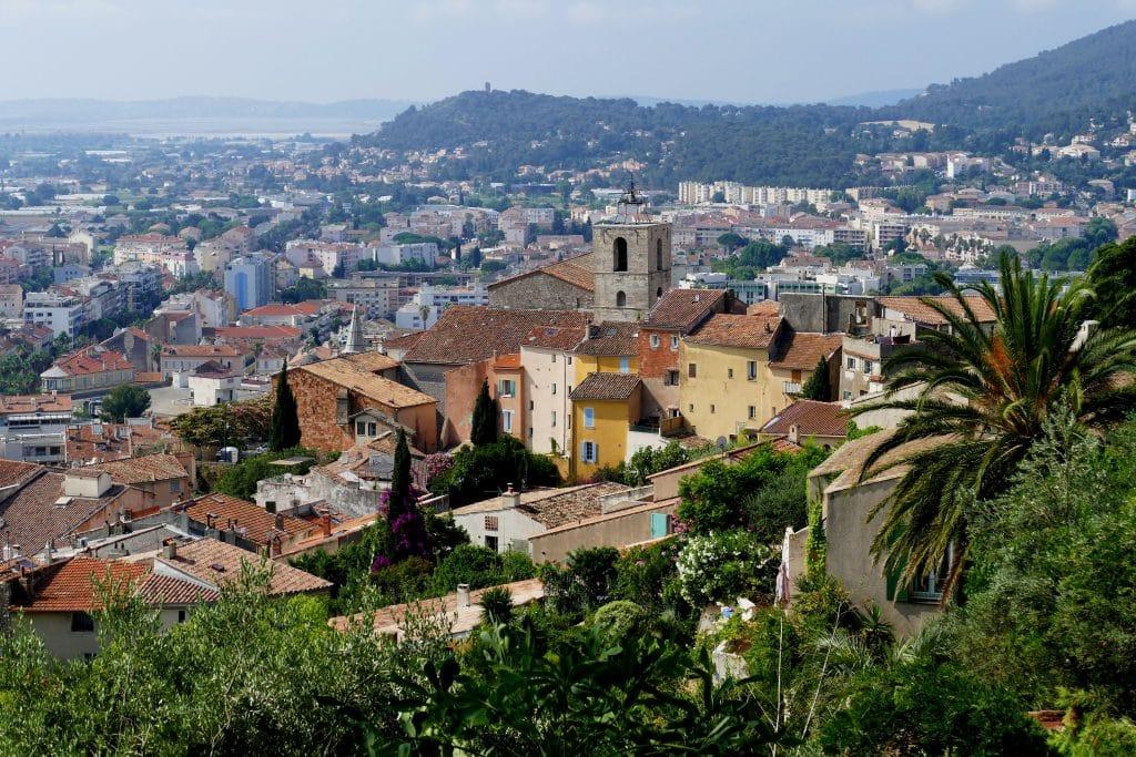 vue de Hyères depuis le Castel Sainte-Claire