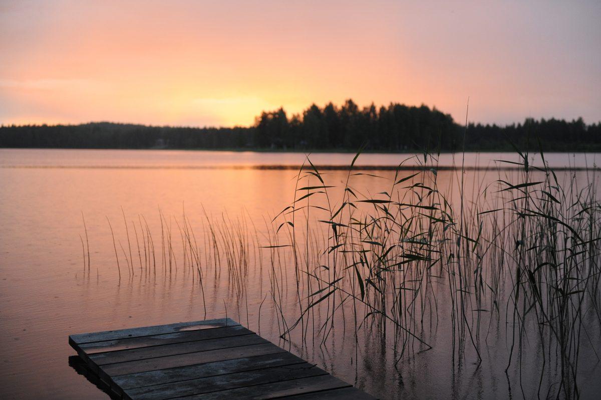 Coucher du soleil, paysage suédois