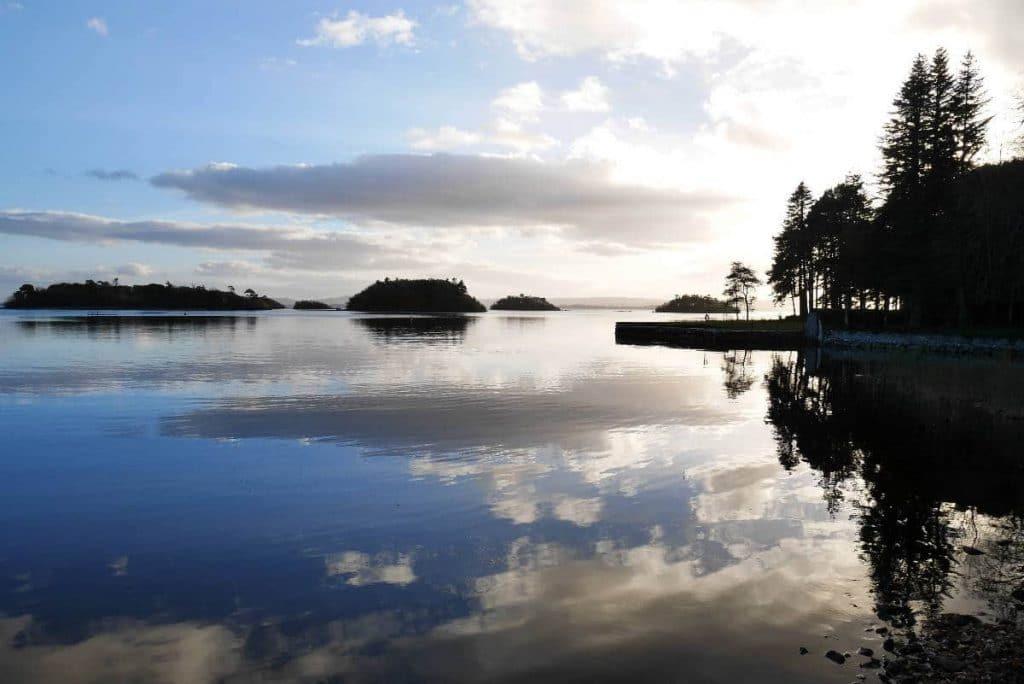 pêche sur le Lough Corrib en Irlande