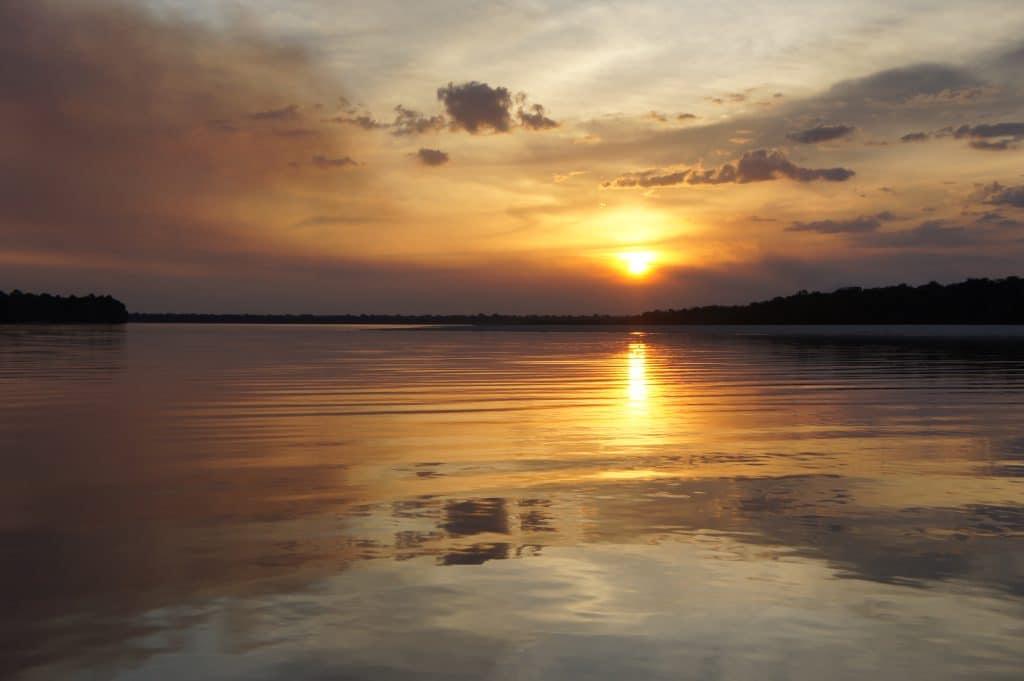 Coucher du soleil sur le rio Negro - Brésil