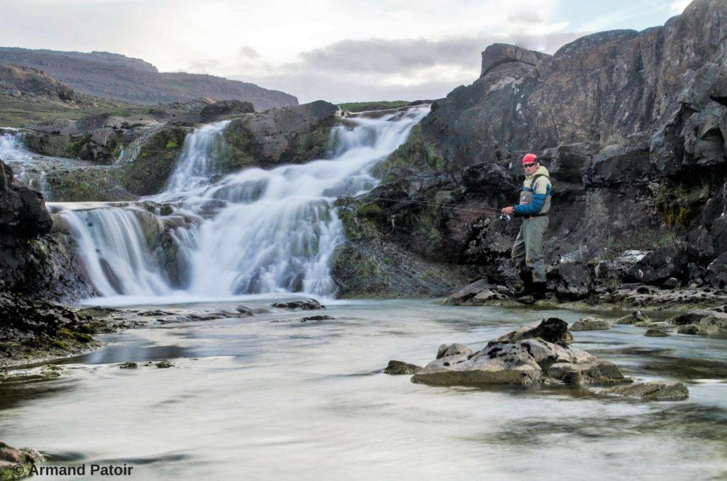 La pêche sur une rivière des Kerguelen