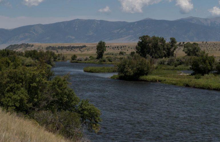 La rivière Madison, vers Ennis dans le Montana