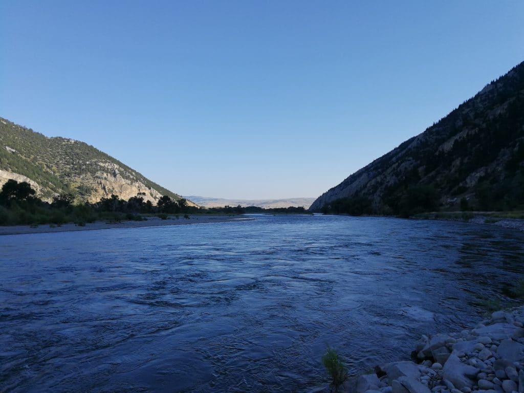La rivière Yellowstone vers Carterbridge