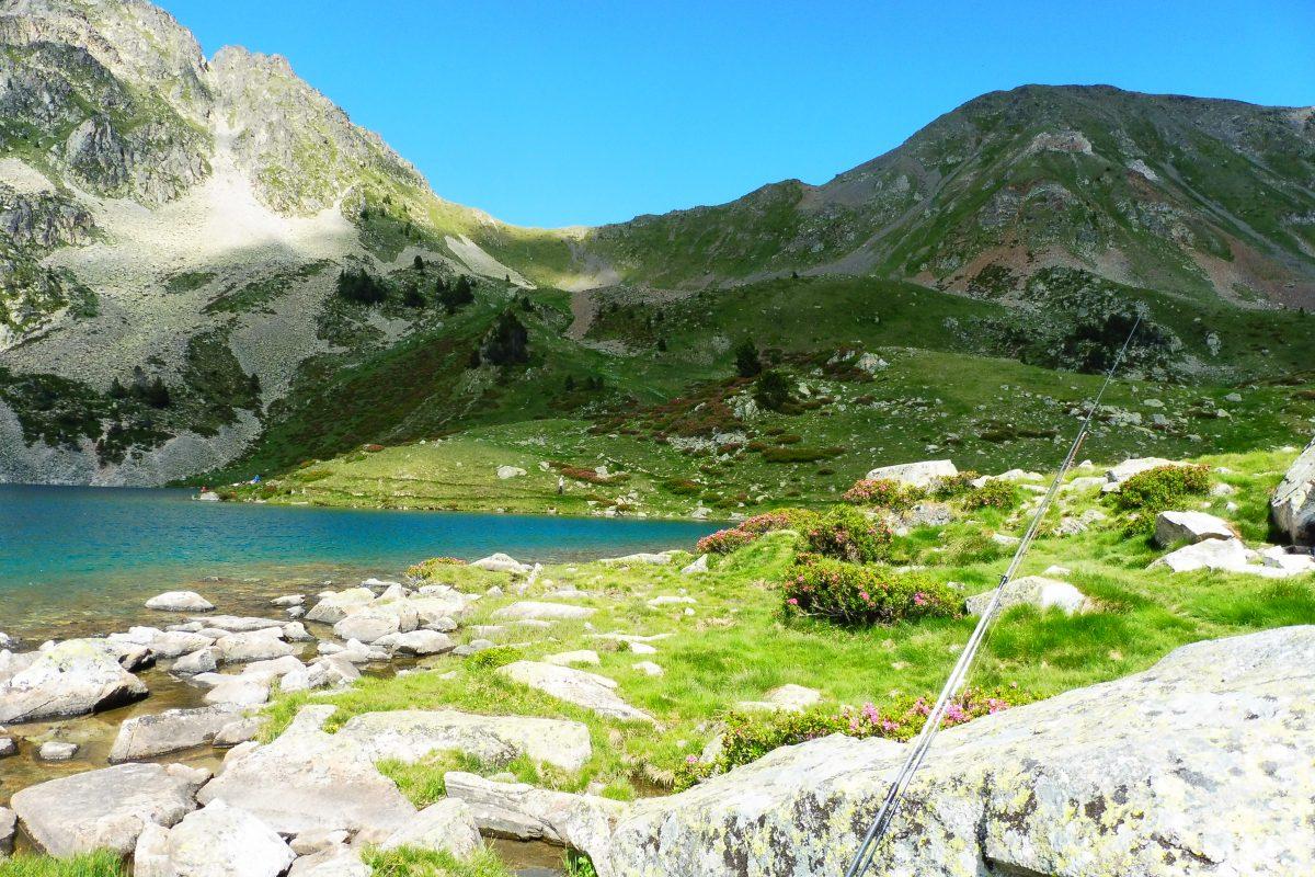 Pêche sur le lac du Bastan en Hautes-Pyrénées